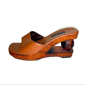 Wedges Cha Cha Brown Tan wood Hand carved